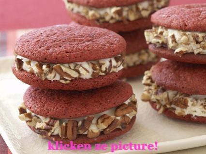 red-velvet-cookies link