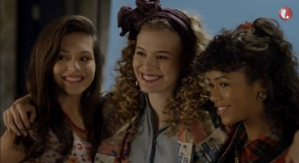 saved by the bell lifetime movie kelly jessie lisa