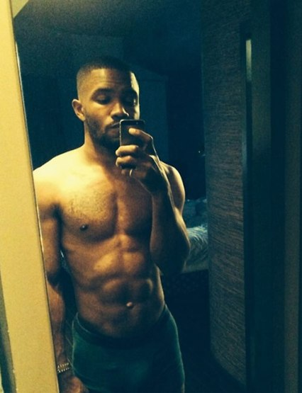 frank ocean shirtless selfie